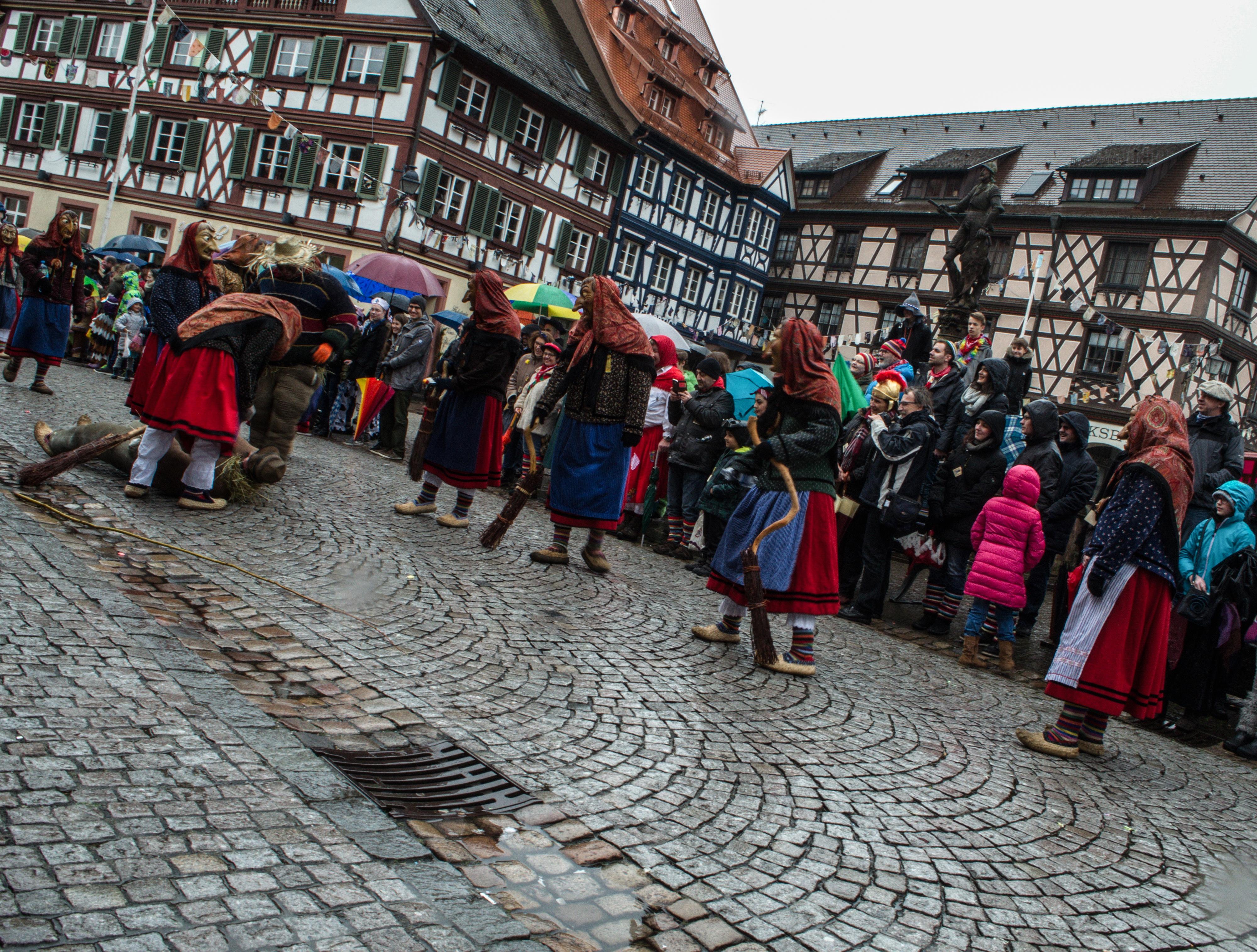 Испытания Люмберхунда, традиционный карнавал в Германии